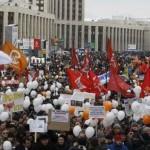 Alegerile parlamentare din Rusia: 3000 de cazuri de fraudă şi un jurnalist concediat pentru că scris despre ele