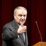 Candidatul la preşedinţia Republicii Moldova, Nicolae Timofti, nu vede cu ochi buni unirea cu România