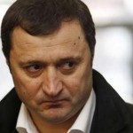 Vlad Filat: Poliţiştii din Republica Moldova vor fi angajaţi doar prin concurs