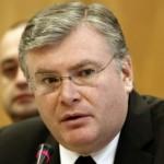 Sorin Mîndruţescu: Vacarmul politic a determiant ieşiri de capital şi investiţii amânate