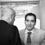 """FOTO: Mugur Isărescu la lansarea cărții """"Cold War Diplomacy"""""""
