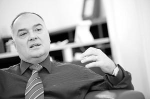"""Doru Lionăchescu: """"Intrăm într-o epocă de petrol ieftin care va zgudui industria de profil"""""""