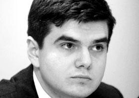Razvan Orasanu: Carnagiu, omor! Guvernul Ponta se dueleaza cu preturile