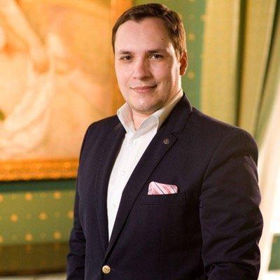 Andrei Stoian: Moţiunea de cenzură – PR for free pentru PSD